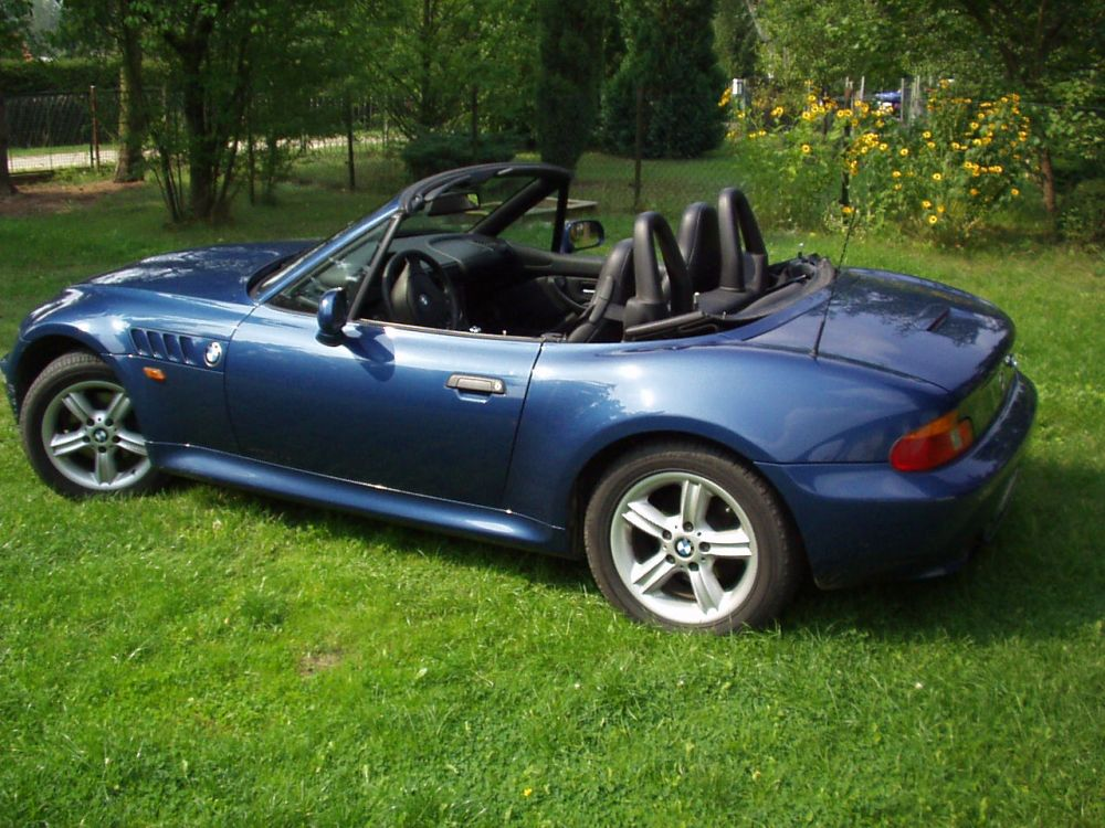 autos wie der bmw z3 roadster alte us cars und showcars in berlin. Black Bedroom Furniture Sets. Home Design Ideas