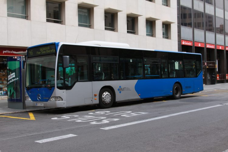 Autobusse in europa athen moskau paris sotschi und - Transportes palma de mallorca ...